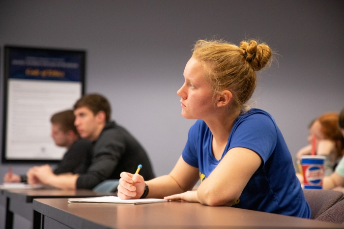 Business Students In Class143A0353_web